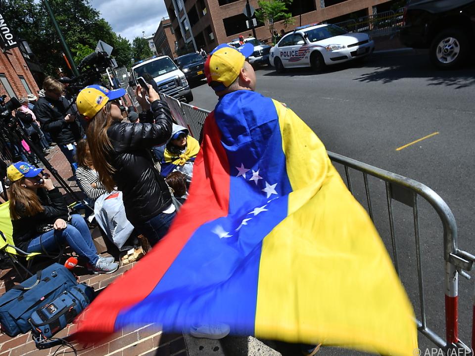 In Venezuela tobt ein Machtkampf zwischen Maduro und Guaido