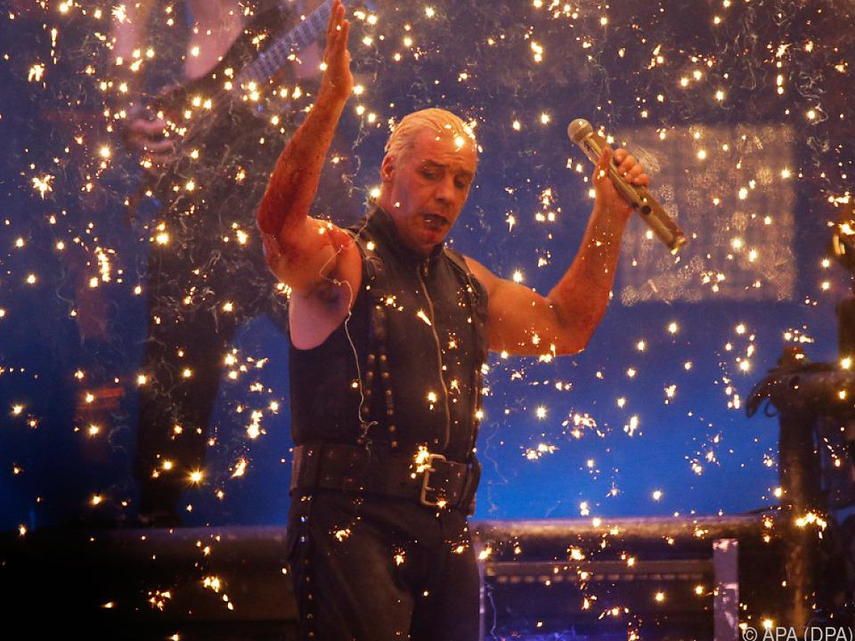 Martial-Rocker bringen nach zehn Jahren neues Album raus
