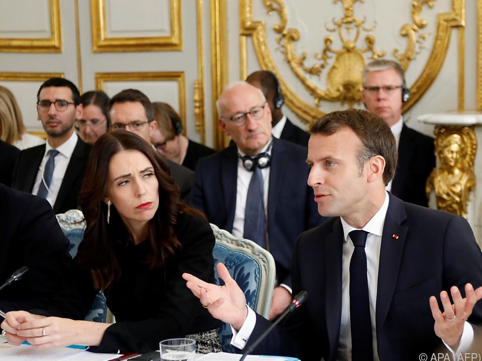 Neuseelands Premierministerin Ardern und Frankreichs Präsident Macron