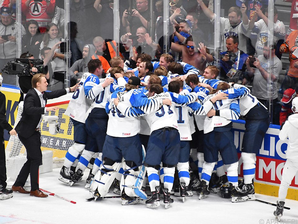 Riesenjubel bei den finnischen Goldmedaillengewinnern
