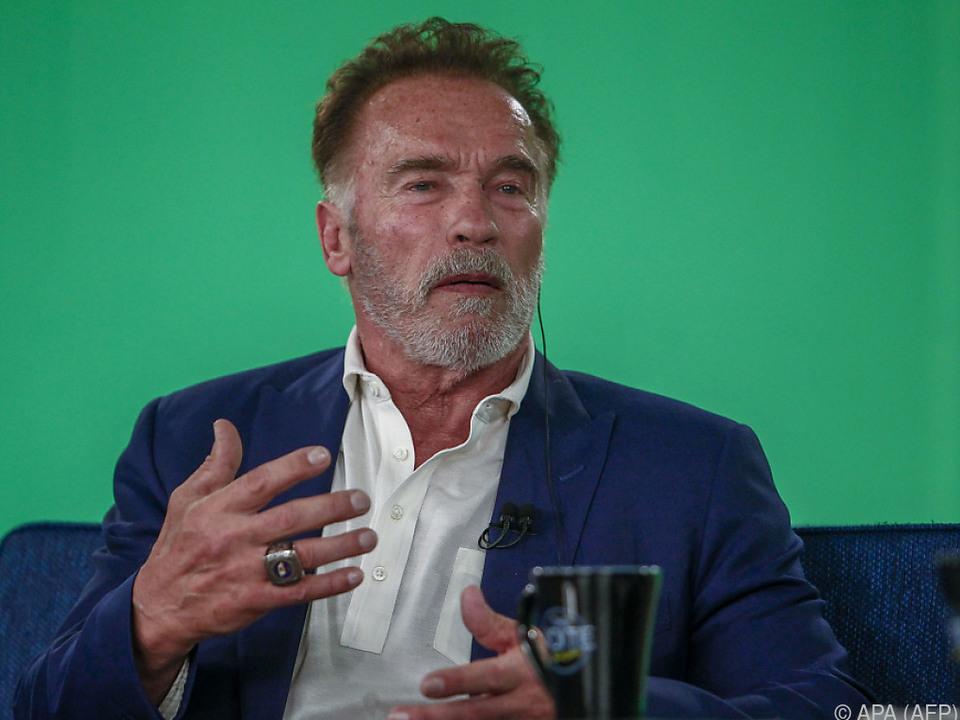 Schwarzenegger dachte erst, er sei im Gedränge angerempelt worden