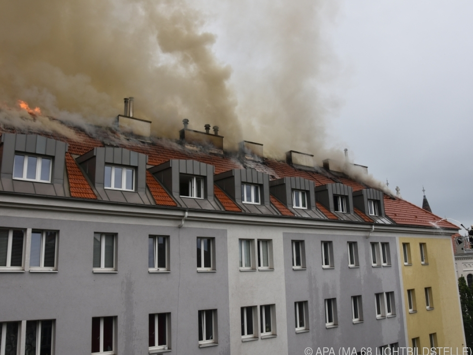 Später stürzten sogar Teile des Daches ein