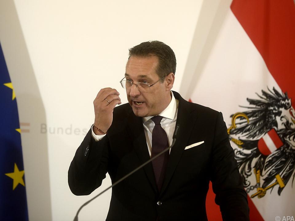 Strache widerspricht Bildungsminister Faßmann