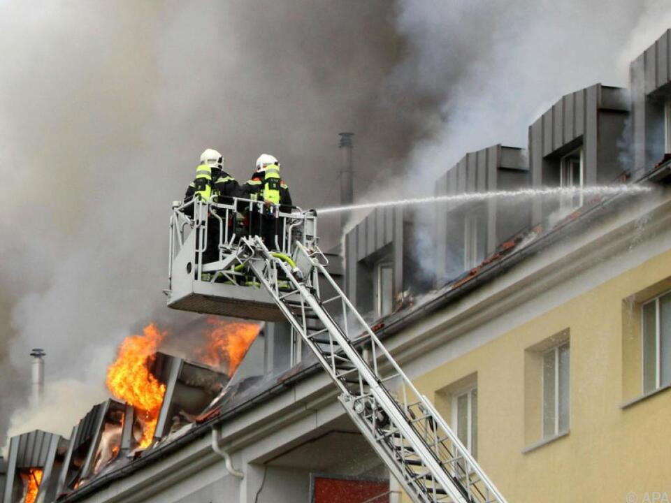 Teile des Daches stürzten ein