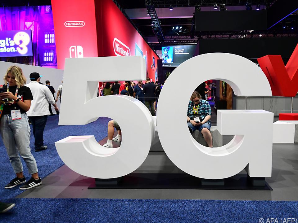 5G-Frequenzblöcke für rund 6,6 Mrd. Euro versteigert