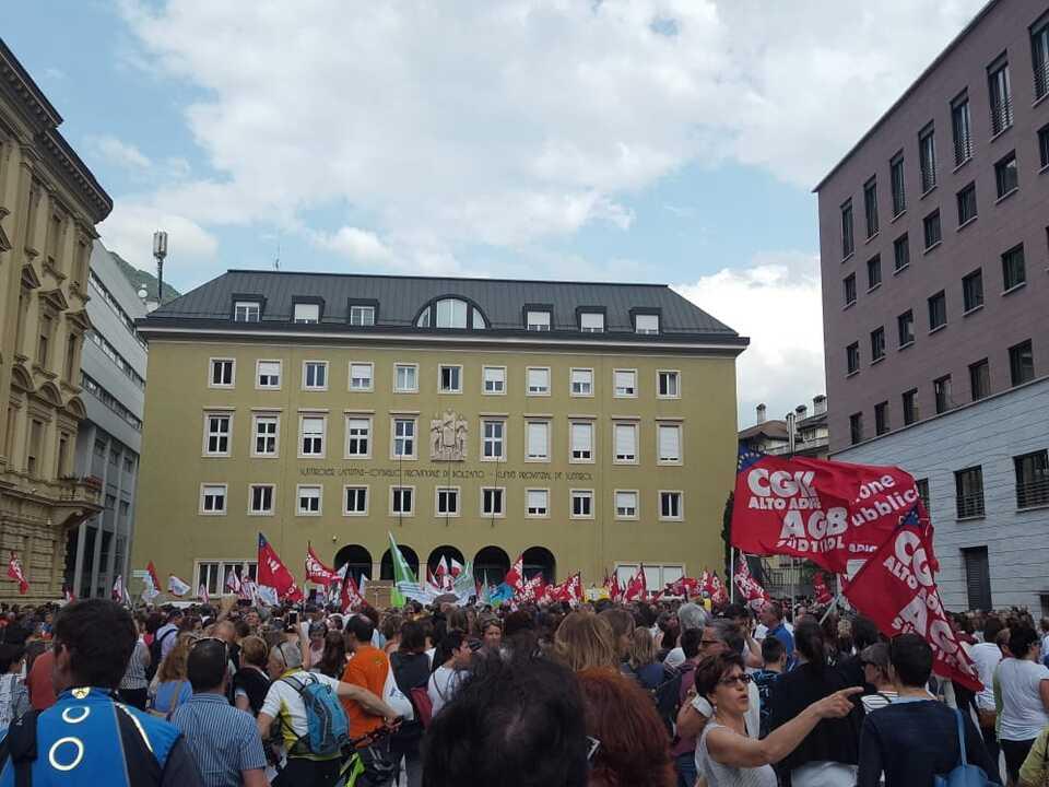protest beamte
