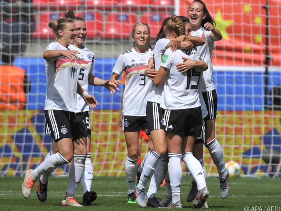 Deutschland gewinnt das WM-Spiel gegen China mit 1:0
