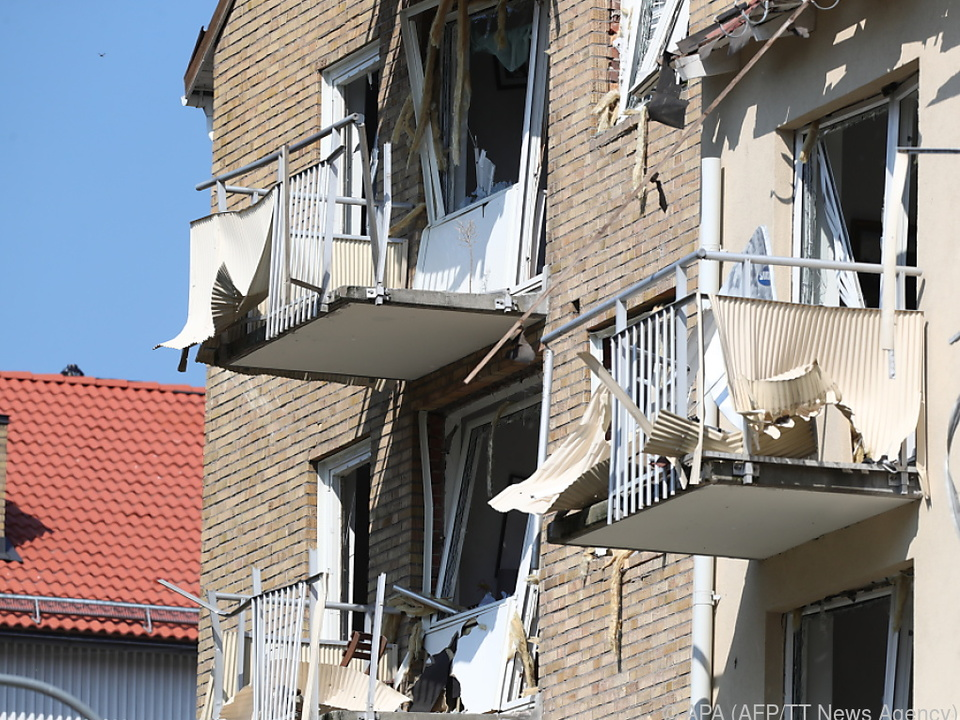 Explosion verursachte Schäden am Gebäude