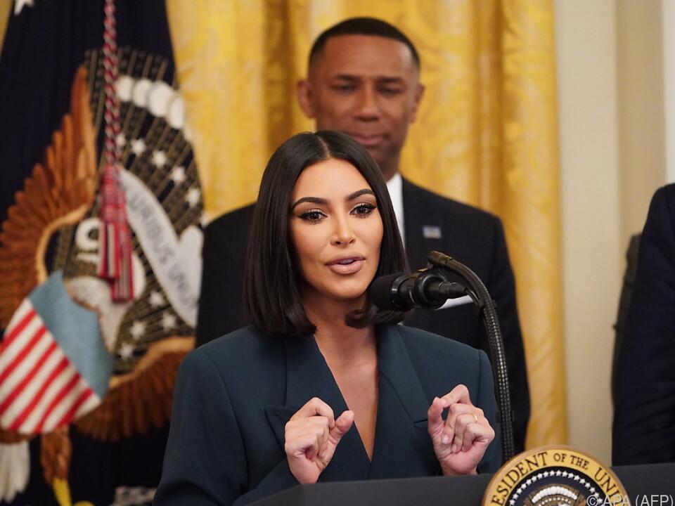 Kim Kardashian setzt sich für Reintegration entlassener Straftäter ein