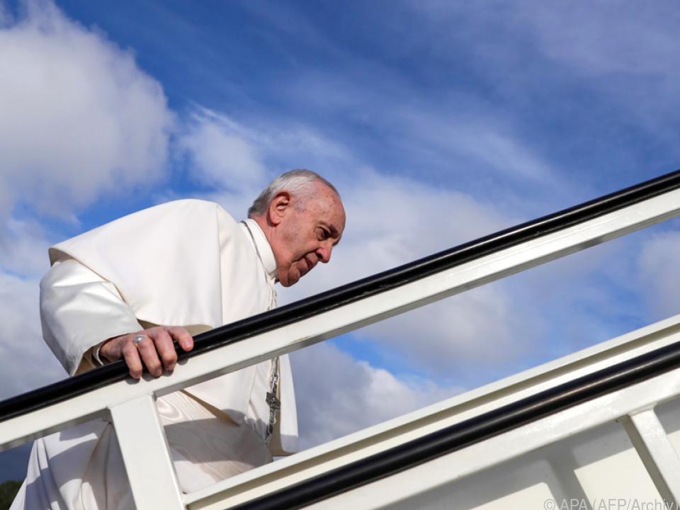 Papst Franziskus besteigt Flugzeuge offenbar nur ungern
