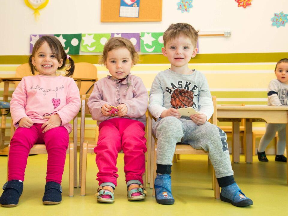 kleinkinderbetreuung Kitas und Tagesmütter unterstützen Eltern bei der Vereinbarkeit von Beruf und Familie.