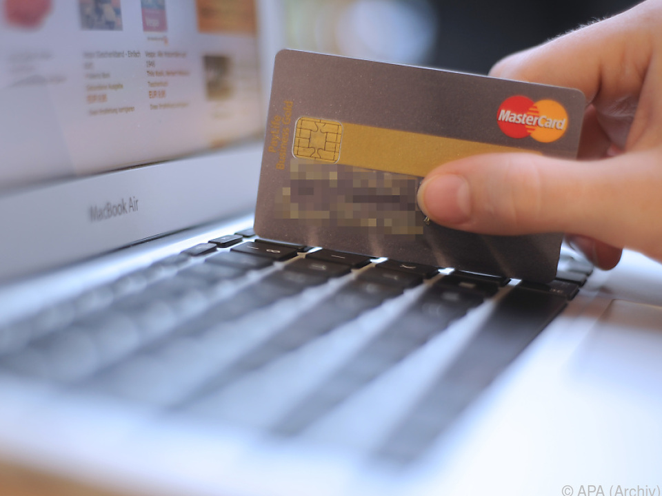 22 Prozent holen sich ihre Produkte im Webshop