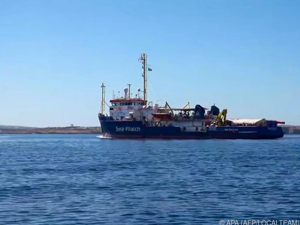 Altkanzler Kurz regt sich über NGOs wie Sea-Watch auf
