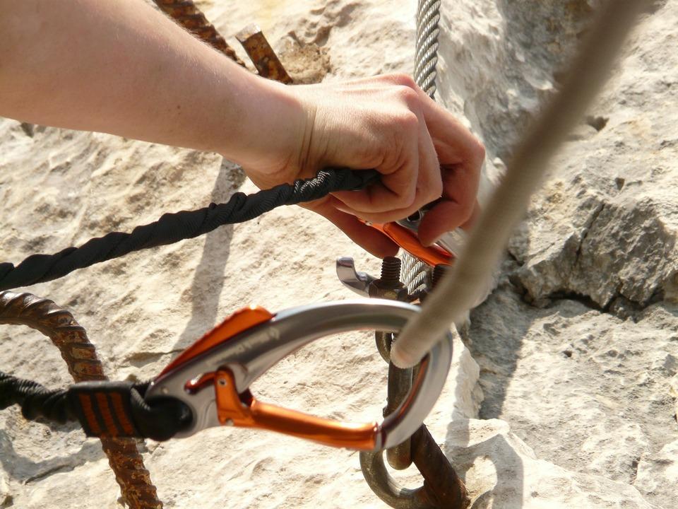 carbine-7105_1920 Klettern Klettersteig