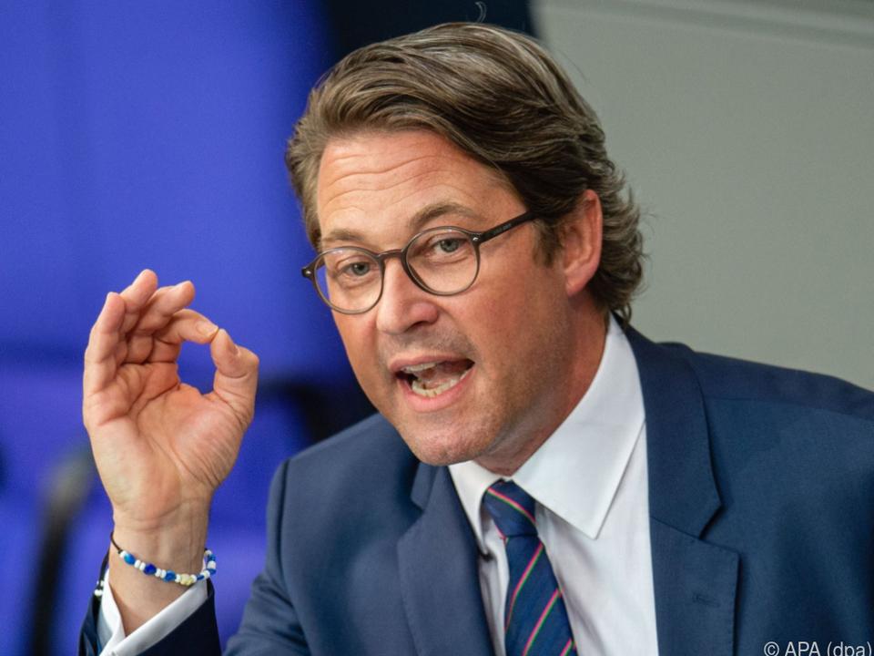Deutscher Verkehrsminister Andreas Scheuer geht in die Offensive