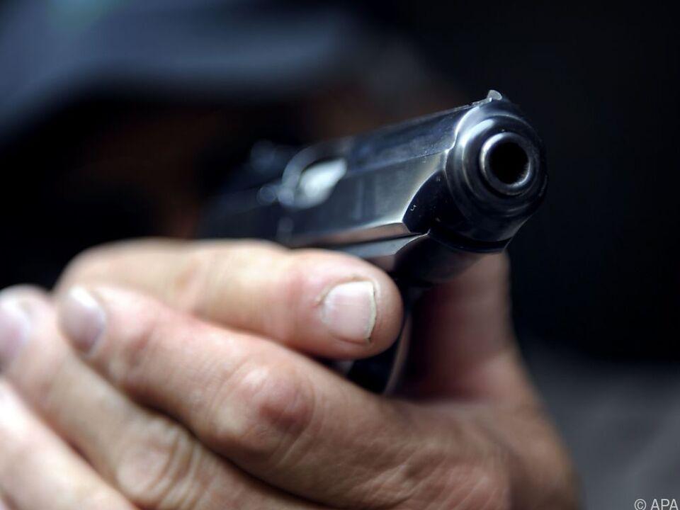 Immer wieder kommt es in den USA zu Vorfällen mit Schusswaffen pistole waffe