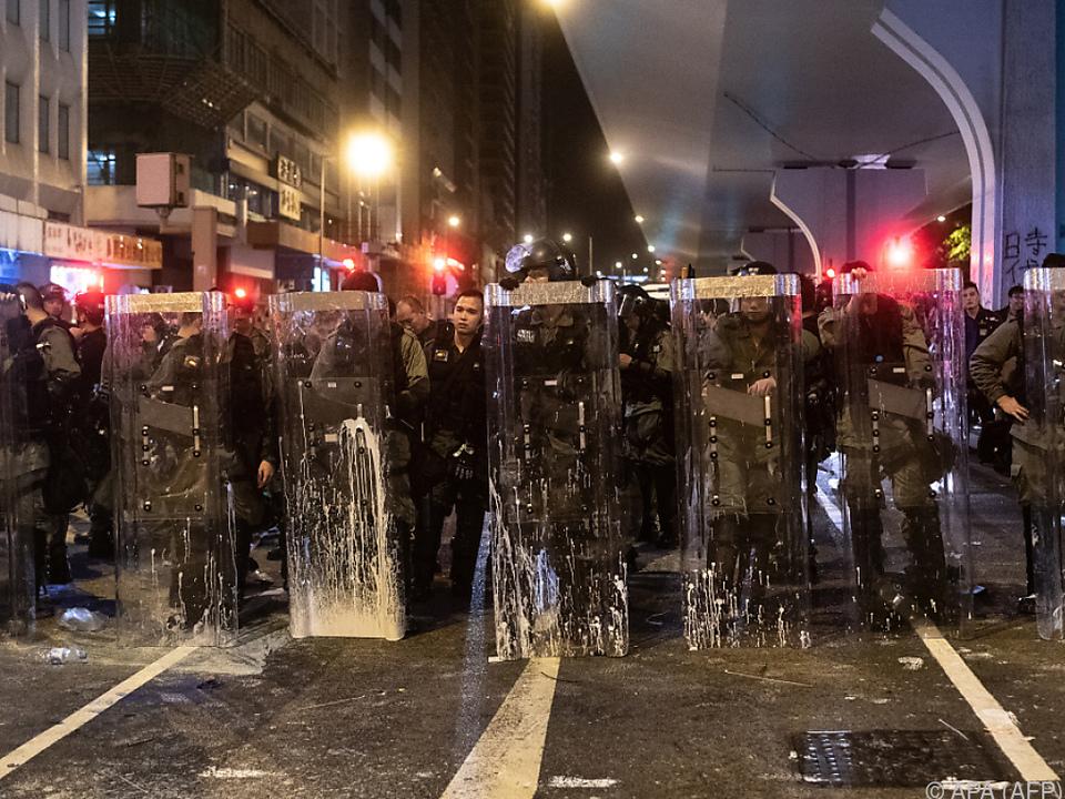 Scharfe Kritik an Polizei und Regierung wurde in Hongkong laut