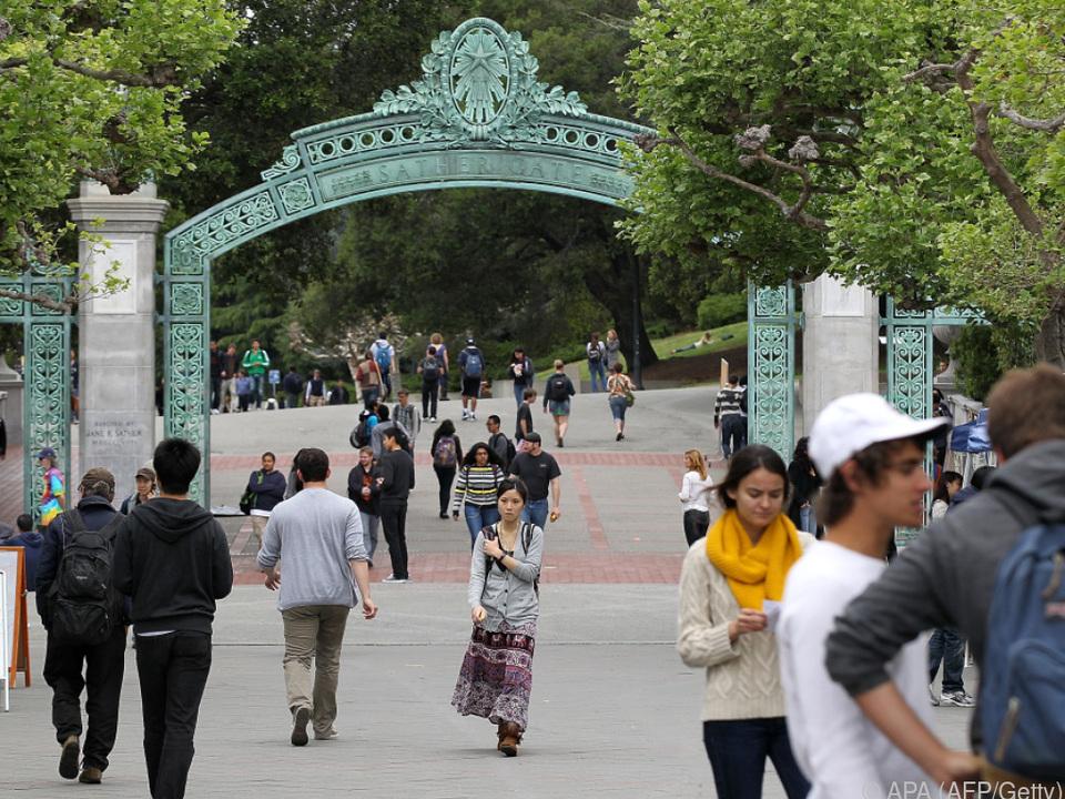 Weltbekannte Studentenstadt Berkeley geht sprachlich neue Wege