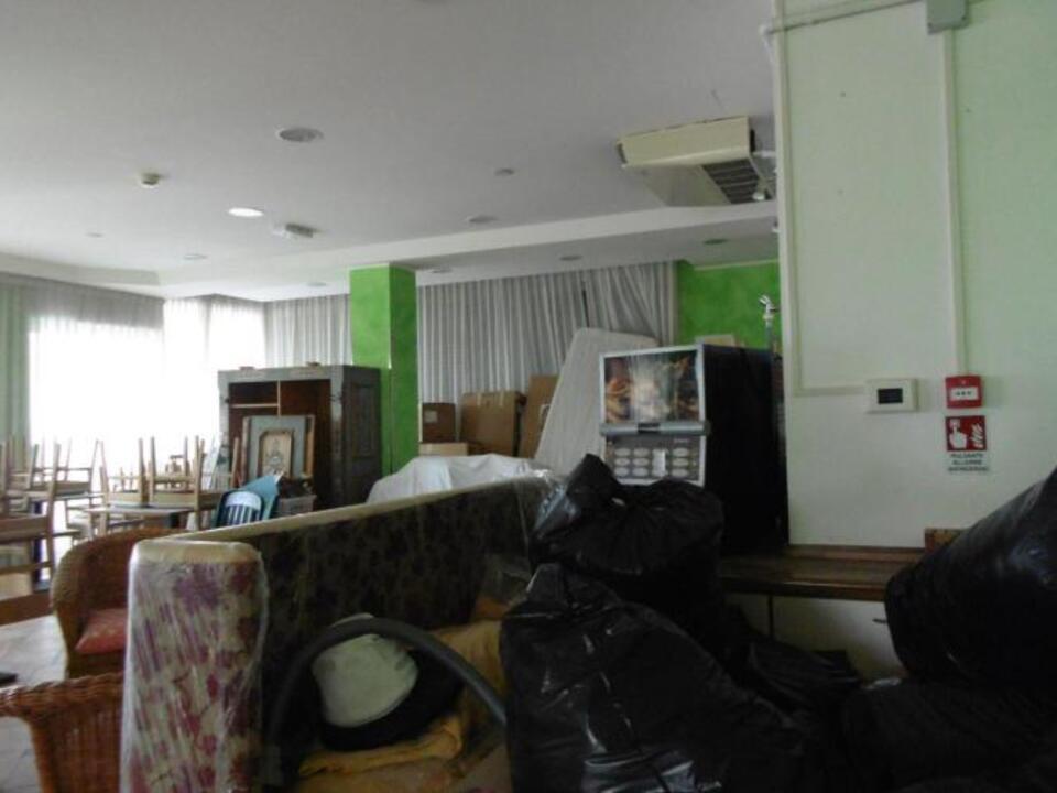 controllo_hotel_a_viserba_
