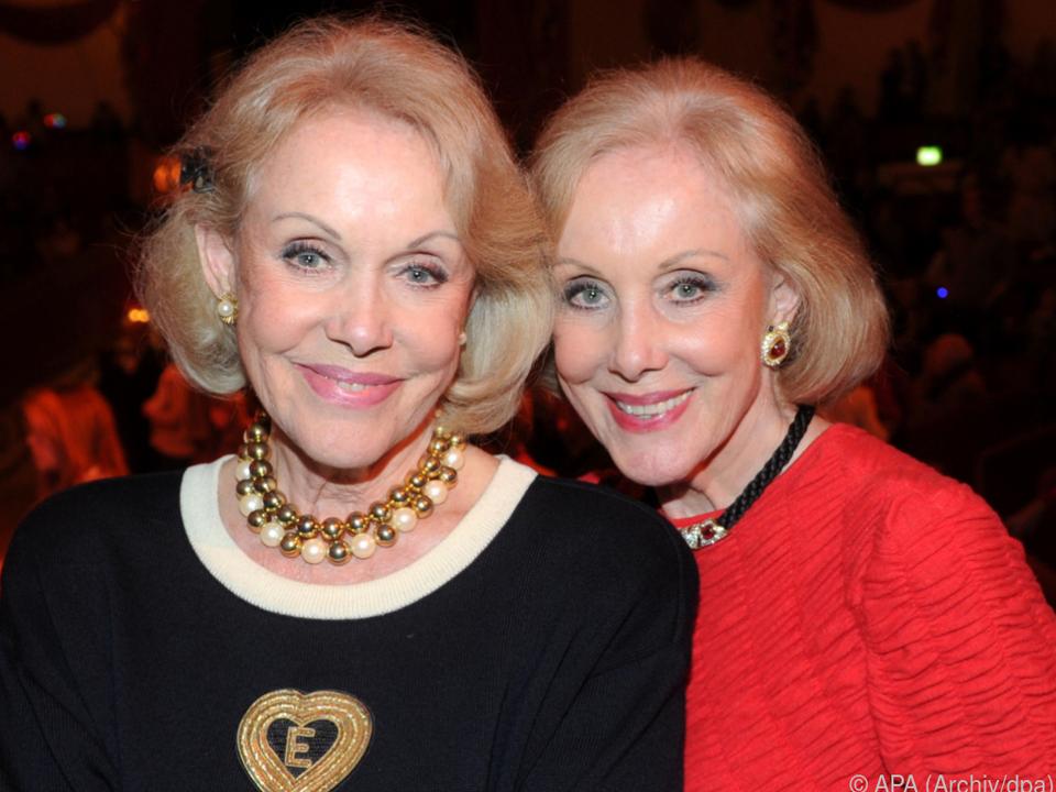 Ellen und Alice Kessler wollen mit ihrer Mutter vereint werden