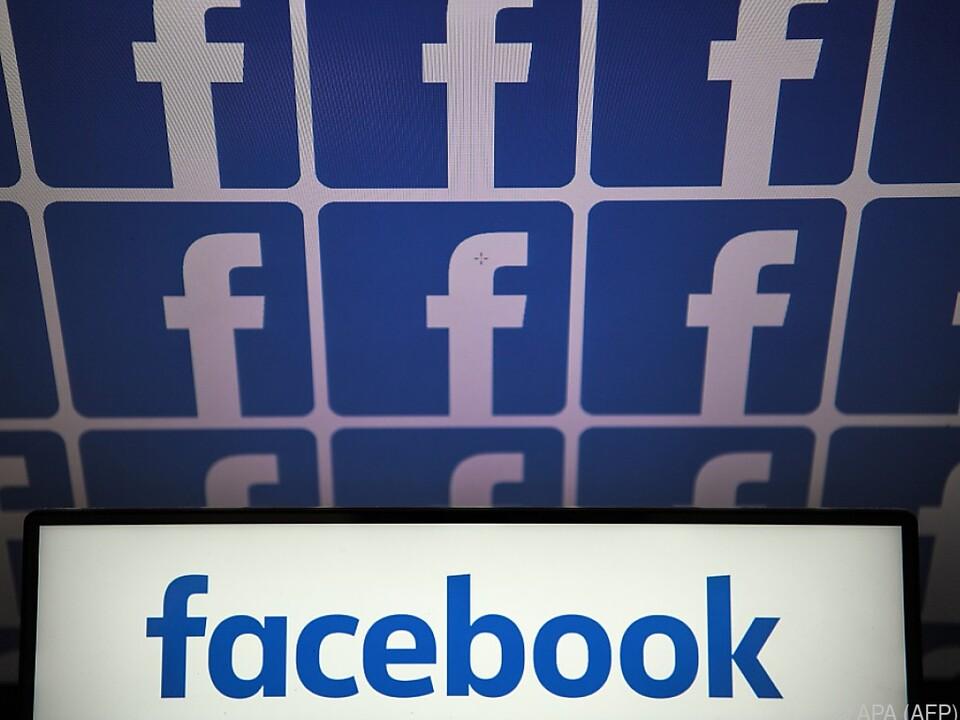 Facebook in Erklärungsnotstand