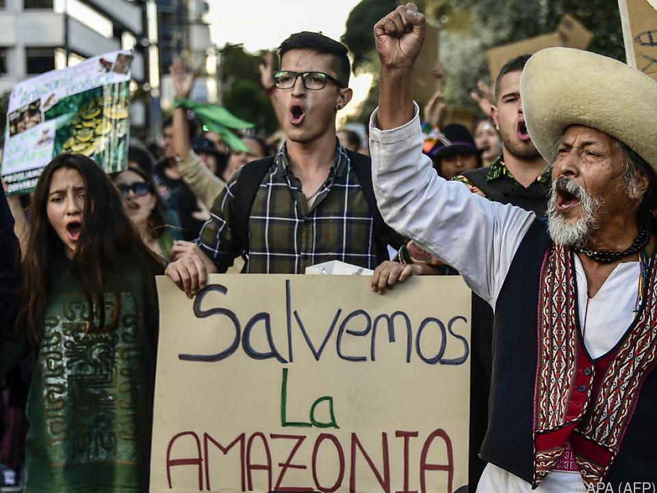 Proteste gegen Brasiliens Präsident Bolsonaro