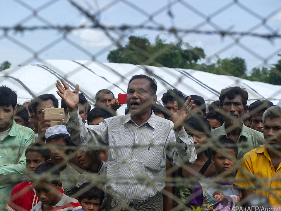 Von 740.000 geflüchteten Rohingya sollen 3.450 zurückkehren