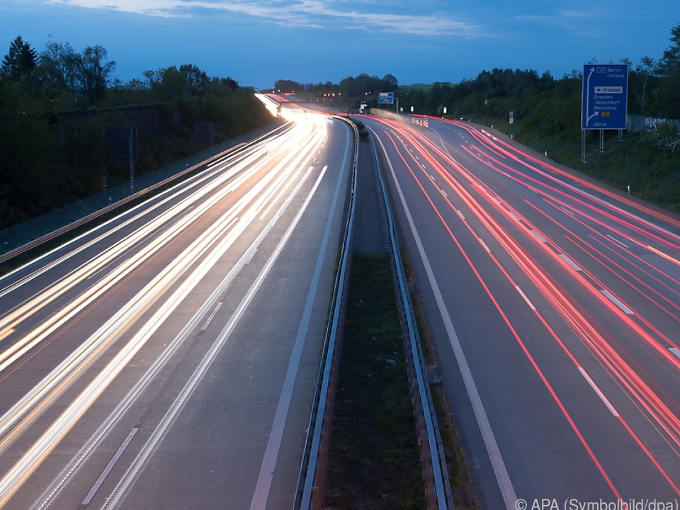 Zehntausende Autos wurden auf Halde produziert verkehr