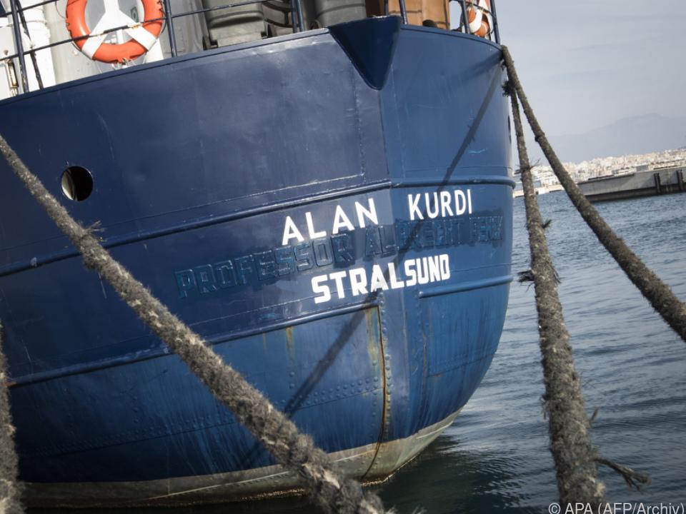 Alan Kurdi wartet auf Hafenerlaubnis