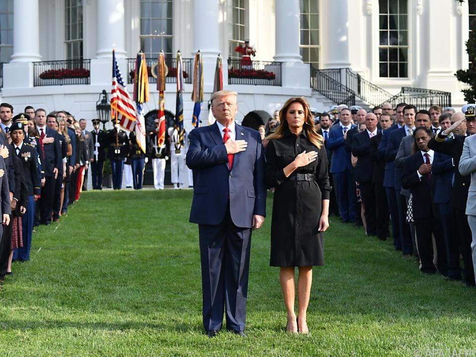 Der Präsident und die First Lady betraten das Gelände um 8.46 Uhr