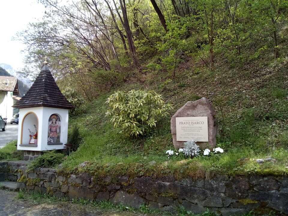 Gedenkstein in Blumau