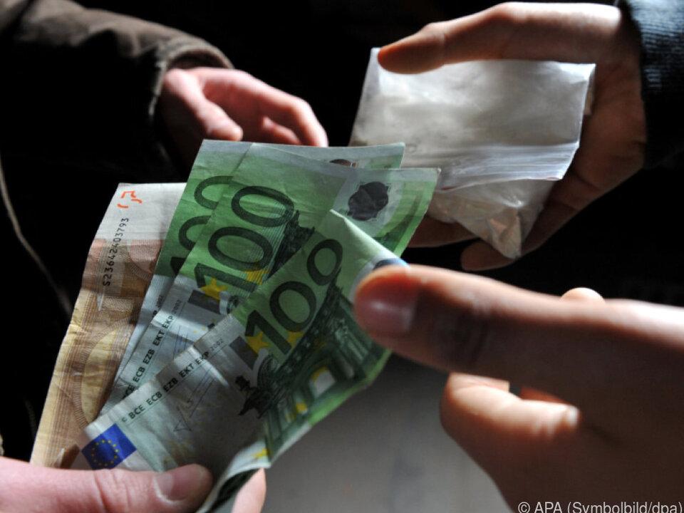 Internationale Ermittlungen laufen drogen kokain dealer