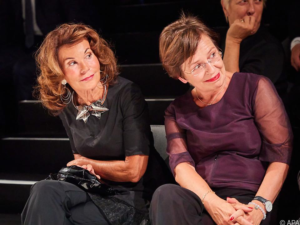 Kanzlerin und Bundespräsidenten-Gattin bei der Eröffnung