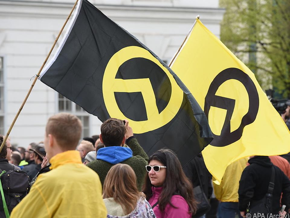 Offiziell will die FPÖ nichts mit den Identitären zu tun haben