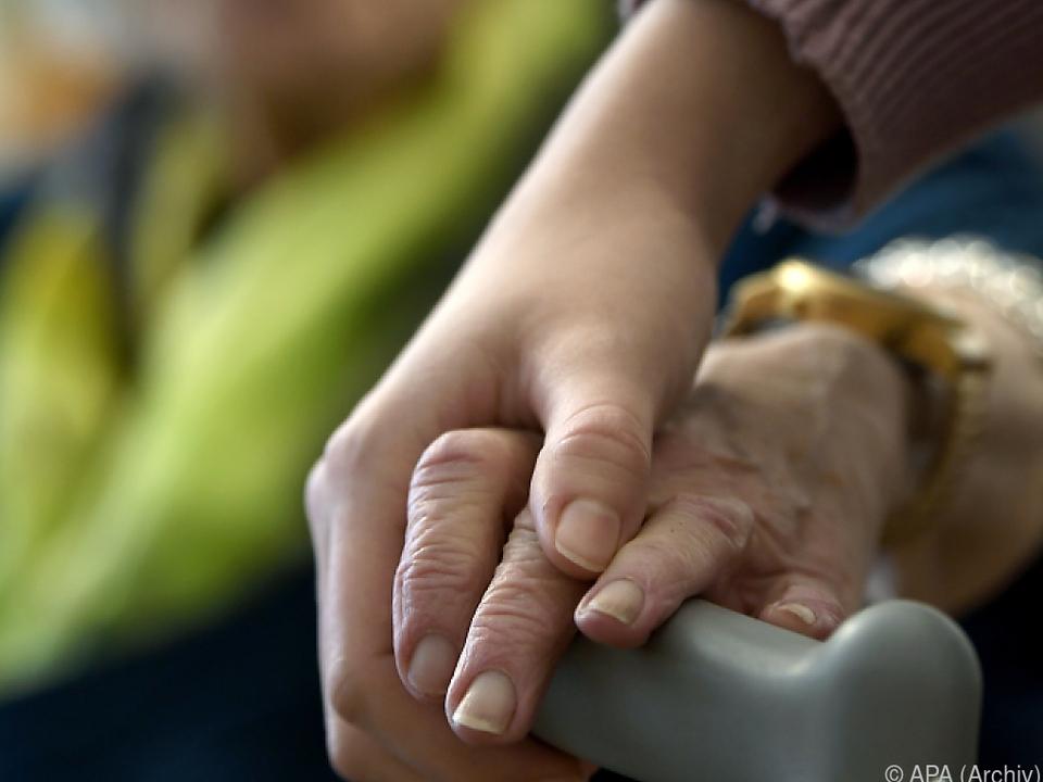 Pflegende fühlen sich von der Politik allein gelassen