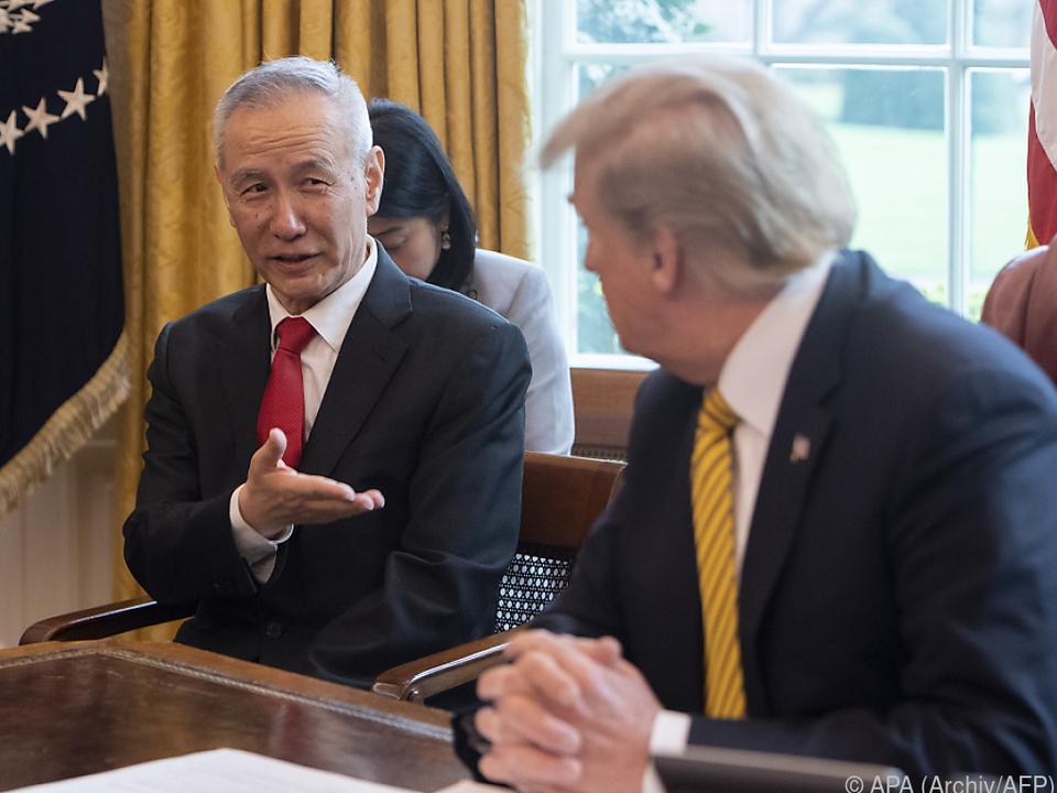 Trump im Gespräch mit Liu He