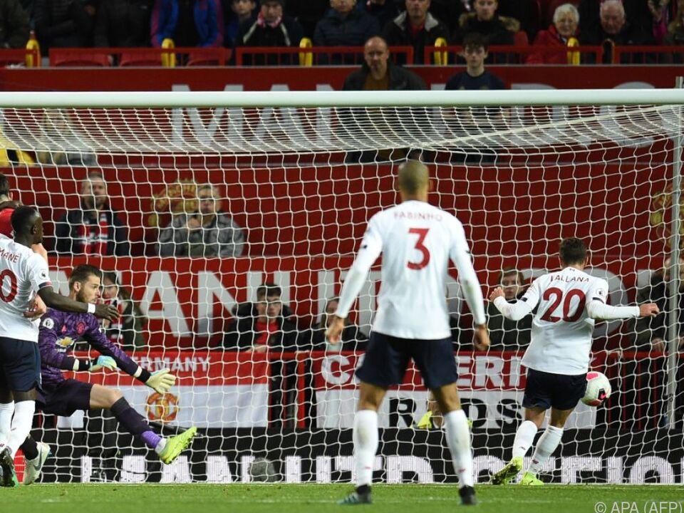 Adam Lallana versenkt schöne Vorlage zu spätem Ausgleich für Liverpool