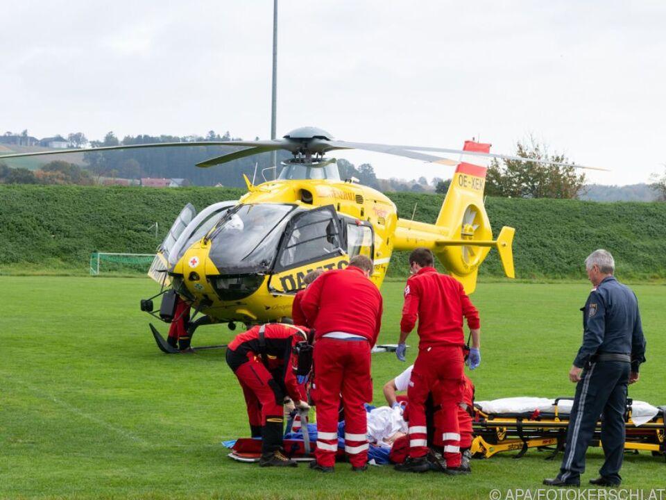 Bub wurde mit Rettungshubschrauber ins Uniklinikum Linz geflogen