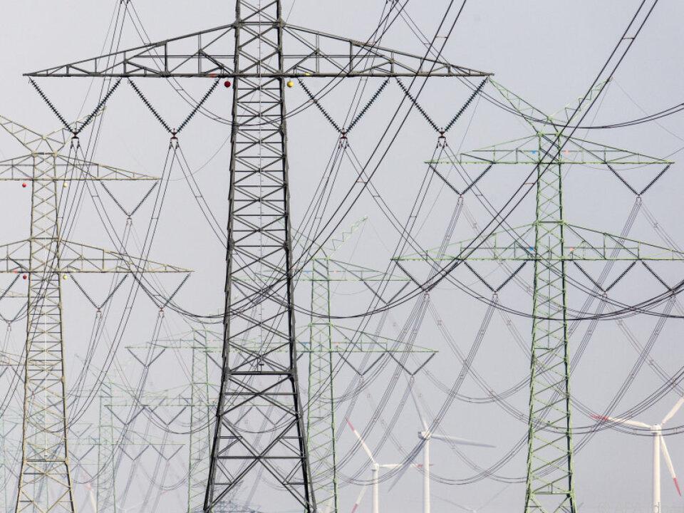 Für Durchschnittshaushalt stieg Stromrechnung um rund 3 Euro im Monat