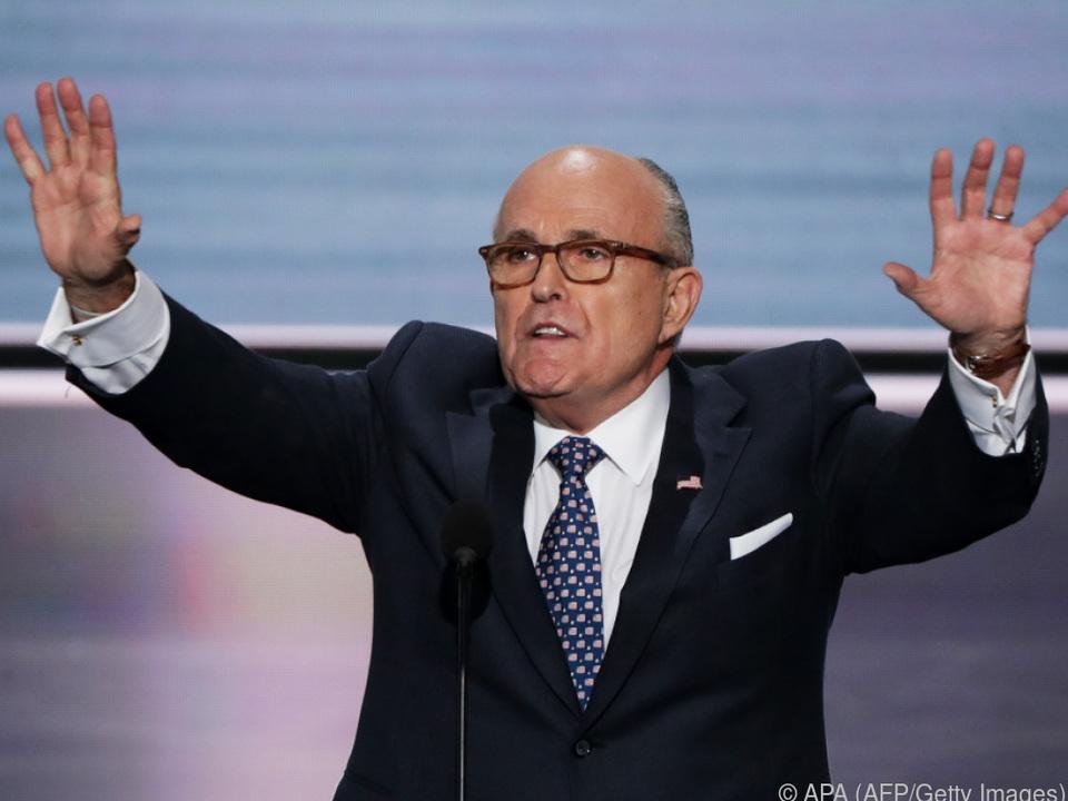 Giuliani stellt sich schützend vor US-Präsident Trump