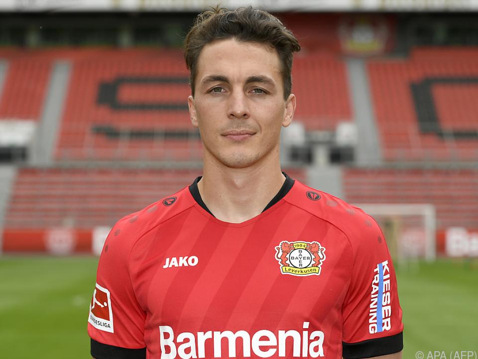 Julian Baumgartlinger hält Leverkusen die Treue