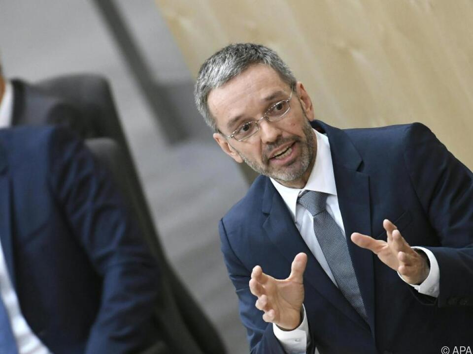 Kickl bei FPÖ-Wählern beliebter als Hofer
