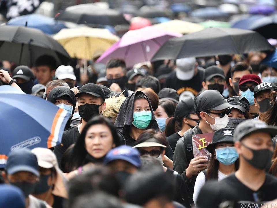 Langer Protestmarsch trotz Verbots