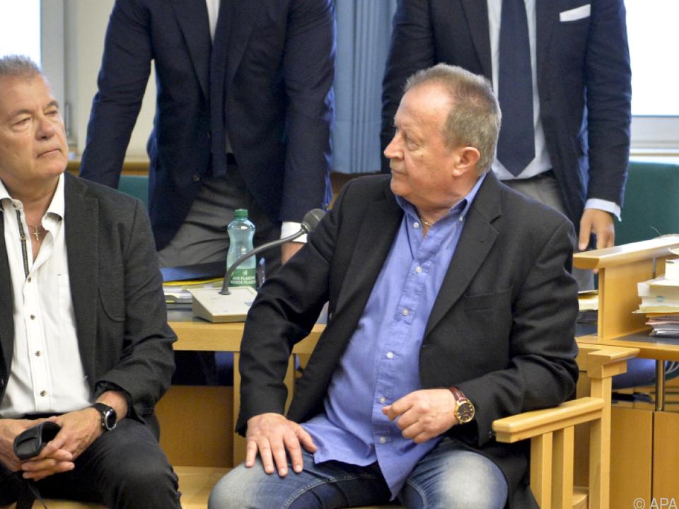 Thomas Gangel und Walter Benesch bei Prozessbeginn im Juni