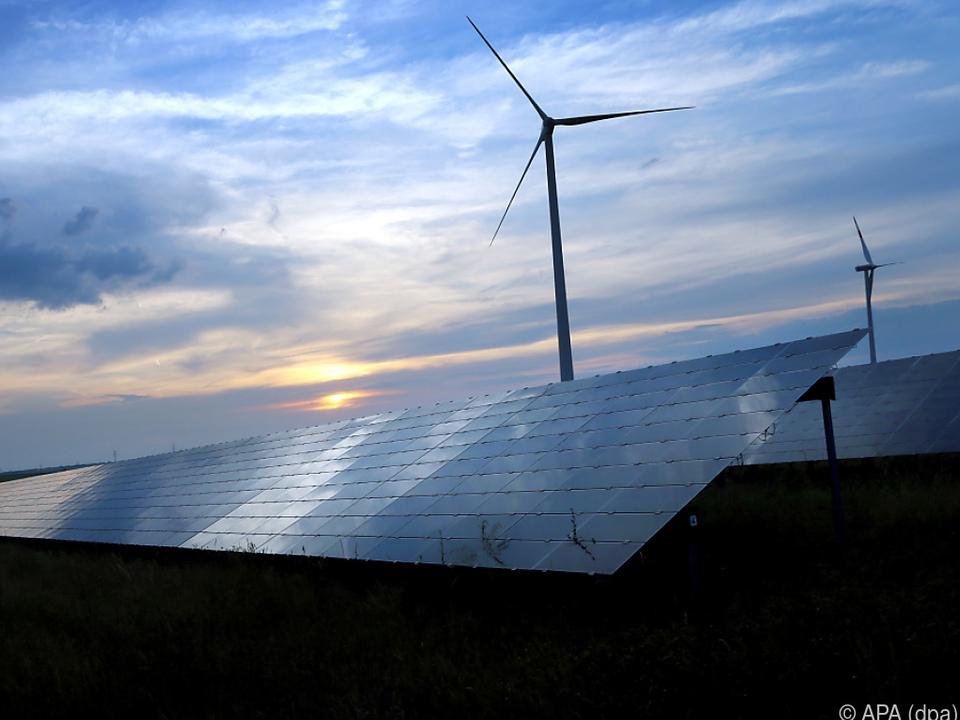 Windkraft und Sonnenenergie gehört die Zukunft