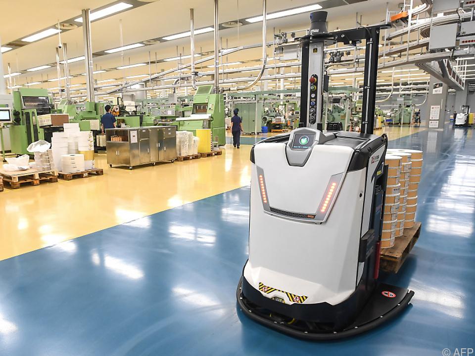 CHINA - Industrie wächst wieder