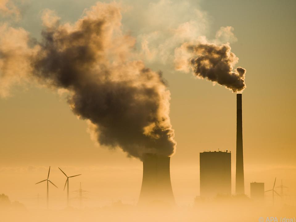 Der Treibhausgas-Ausstoß steigt weiter