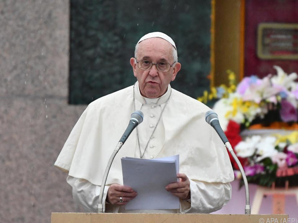 Papst mit mahnenden Worten