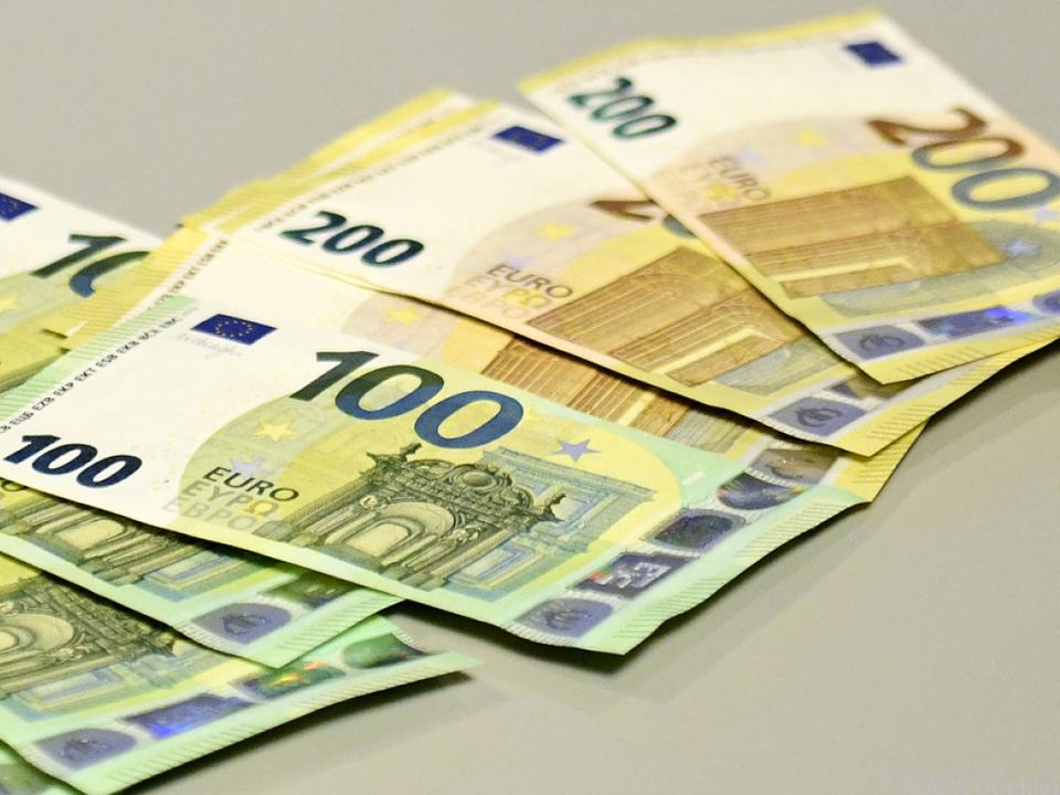 41 Unternehmen mit Gutschriften bei der Finanz