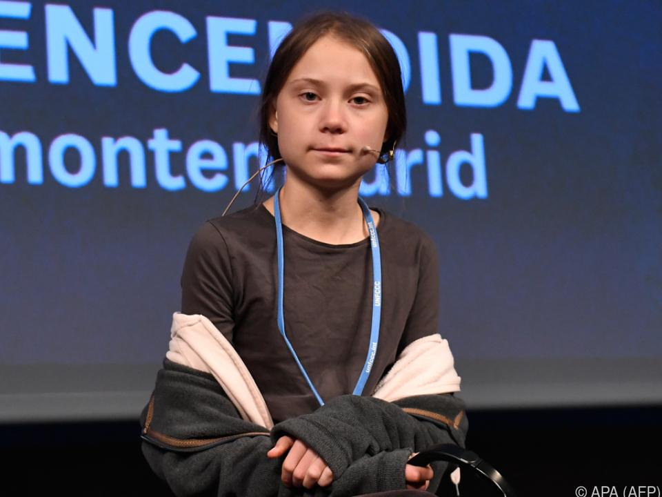 Greta Thunberg bei einem Auftritt vor der Presse in Madrid